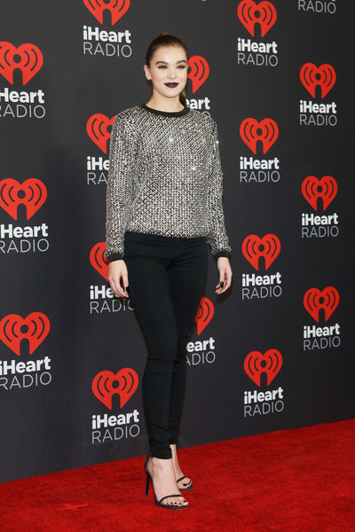 More Pics of Hailee Steinfeld Embellished Top (3 of 14) - Tops Lookbook - StyleBistro [clothing,red,red carpet,carpet,footwear,premiere,joint,fashion,leggings,tights,hailee steinfeld,backstage,las vegas,nevada,t-mobile arena,iheartradio music festival]