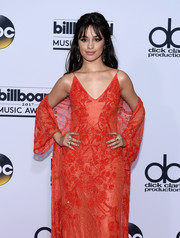 Camila Cabello coated her nails a metallic silver hue for the 2017 Billboard Music Awards.