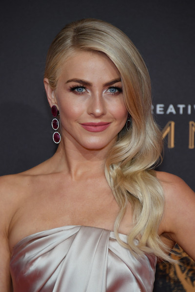 More Pics of Julianne Hough Tube Clutch (2 of 16) - Tube Clutch Lookbook - StyleBistro [hair,face,blond,hairstyle,eyebrow,lip,shoulder,chin,beauty,long hair,arrivals,julianne hough,los angeles,california,microsoft theater,creative arts emmy awards]