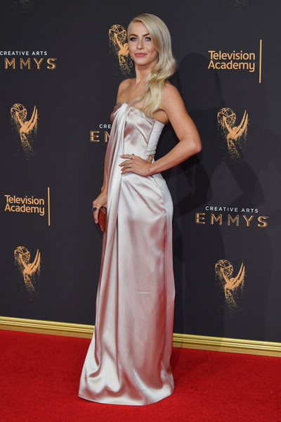 More Pics of Julianne Hough Tube Clutch (3 of 16) - Tube Clutch Lookbook - StyleBistro [carpet,red carpet,clothing,dress,gown,flooring,lady,fashion,formal wear,haute couture,arrivals,julianne hough,los angeles,california,microsoft theater,creative arts emmy awards]