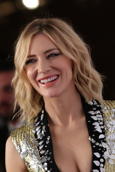 More Pics of Cate Blanchett Short Wavy Cut (1 of 50) - Short Hairstyles Lookbook - StyleBistro [hair,blond,facial expression,hairstyle,beauty,smile,lady,eyebrow,chin,long hair,cate blanchett,iwc filmmakers award,dubai,united arab emirates,one and only hotel,dubai international film festival]