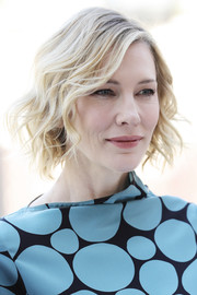 Cate Blanchett was stylishly coiffed with this short wavy 'do at the 2017 Dubai International Film Festival.