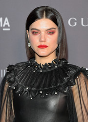 SoKo worked a sleek center-parted bob at the 2017 LACMA Art + Film Gala.