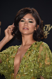 Zendaya Coleman jewel-tone eyeshadow was a perfect match to her dress!