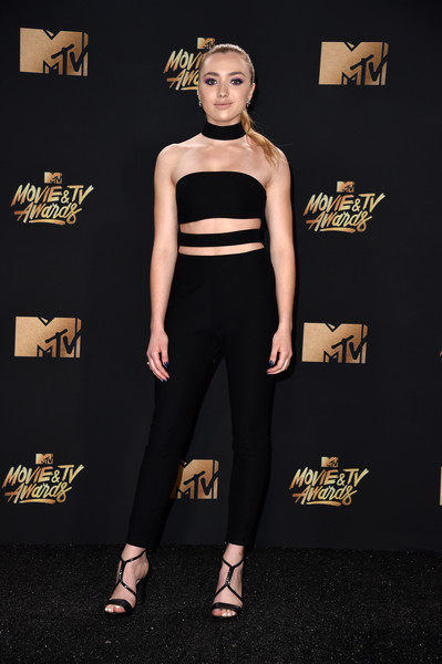 Peyton List slayed in a strapless black cutout jumpsuit at the 2017 MTV Movie and TV Awards.