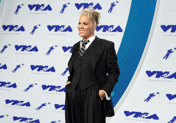 More Pics of Pink Mohawk (1 of 16) - Pink Lookbook - StyleBistro [suit,event,formal wear,white-collar worker,spokesperson,electric blue,speech,business,tuxedo,arrivals,pink,mtv video music awards,inglewood,california,the forum]
