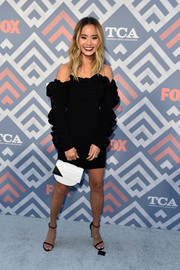 Jamie Chung donned a heavily ruffled off-the-shoulder LBD by Cinq à Sept for the 2017 Summer TCA Tour.