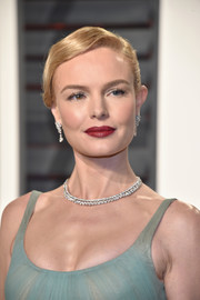 Kate Bosworth added some sparkle with a stunning diamond necklace by Piaget.
