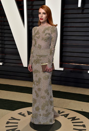 Emma Roberts looked absolutely gorgeous in a skintight, crystal-encrusted gown by Armani Prive at the Vanity Fair Oscar party.