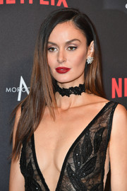 Nicole Trunfio looked flawless with her long straight hairstyle at the Weinstein Company Golden Globes after-party.