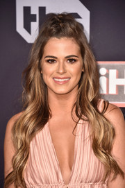 JoJo Fletcher was gorgeously coiffed with this half-up wavy 'do at the 2017 iHeartRadio Music Awards.