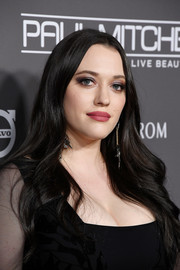 Kat Dennings looked simply elegant with her long center-parted waves at the 2018 Baby2Baby Gala.
