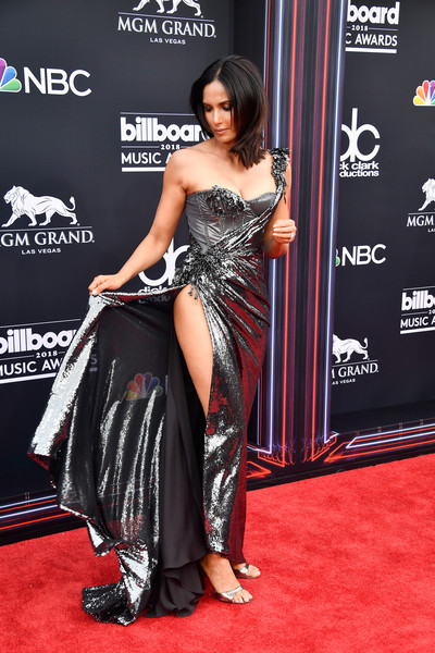 More Pics of Padma Lakshmi Medium Straight Cut (1 of 8) - Padma Lakshmi Lookbook - StyleBistro [red carpet,clothing,carpet,dress,shoulder,premiere,flooring,event,leg,thigh,arrivals,padma lakshmi,billboard music awards,tv personality,mgm grand garden arena,las vegas,nevada]