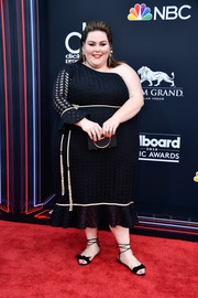 Chrissy Metz cut a chic figure in a black one-sleeve dress by John Paul Ataker at the 2018 Billboard Music Awards.