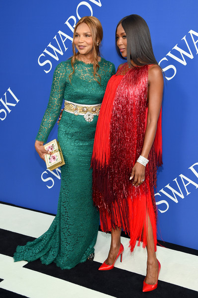 More Pics of Naomi Campbell Pumps (1 of 10) - Naomi Campbell Lookbook - StyleBistro [clothing,fashion,carpet,electric blue,fashion design,dress,event,premiere,red carpet,flooring,arrivals,naomi campbell,r,new york city,brooklyn museum,cfda fashion awards]