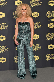 Kimberly Schlapman attended the 2018 CMT Music Awards wearing a strapless teal velvet jumpsuit by J. Mendel.
