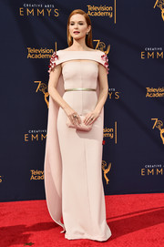 Sarah Drew looked refined in a caped off-the-shoulder gown by Safiyaa at the 2018 Creative Arts Emmy Awards.