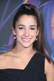 Aly Raisman looked oh-so-cute wearing this high ponytail at the 2018 DirecTV Now Super Saturday Night concert.