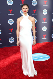 Roselyn Sanchez looked sultry in a white silk halter gown by Galvan at the 2018 Latin American Music Awards.