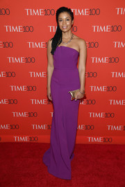 Susan Kelechi Watson looked simply elegant in a strapless purple column dress at the 2018 Time 100 Gala.