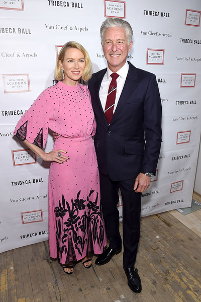 More Pics of Naomi Watts Bob (1 of 19) - Short Hairstyles Lookbook - StyleBistro [pink,event,fashion,award,premiere,dress,fashion design,flooring,suit,carpet,naomi watts,david kratz,new york city,new york academy of art,tribeca ball]