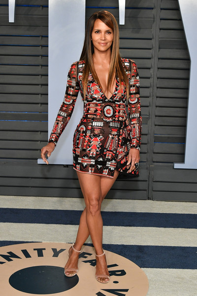 Halle Berry rocked a tribal-embroidered mini dress by Zuhair Murad Couture at the 2018 Vanity Fair Oscar party.