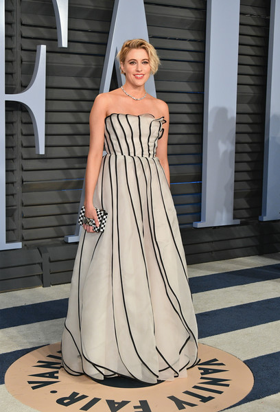 Greta Gerwig looked darling in a paneled strapless gown by Dior Couture at the 2018 Vanity Fair Oscar party.