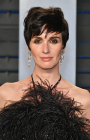 Paz Vega sported a just-got-out-of-bed hairstyle at the 2018 Vanity Fair Oscar party.