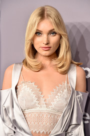Elsa Hosk sported a '70s-inspired lob at the 2018 amfAR Gala New York.