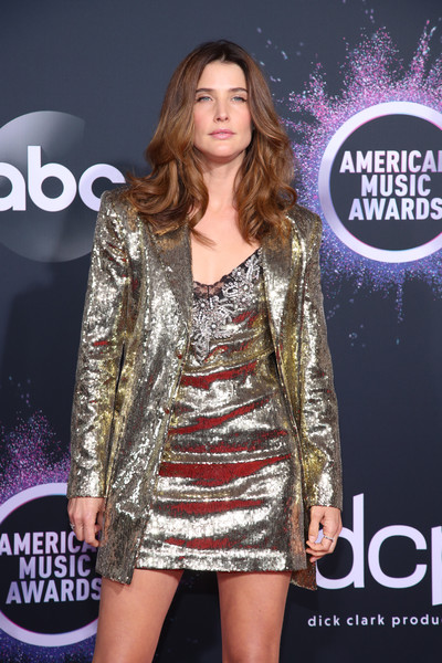 More Pics of Cobie Smulders Sequined Jacket (4 of 6) - Outerwear Lookbook - StyleBistro [clothing,fashion model,fashion,dress,carpet,outerwear,premiere,red carpet,cocktail dress,event,arrivals,cobie smulders,american music awards,microsoft theater,los angeles,california]
