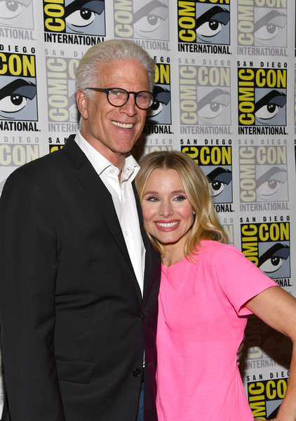 More Pics of Kristen Bell Red Lipstick (4 of 8) - Makeup Lookbook - StyleBistro [the good place,comic-con international - the good place,yellow,premiere,event,photography,flooring,carpet,magazine,kristen bell,ted danson,california,san diego,hilton bayfront,comic-con international,photo call]