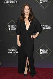Bellamy Young turned heads in a plunging beaded gown by Prabal Gurung at the 2019 E! People's Choice Awards.