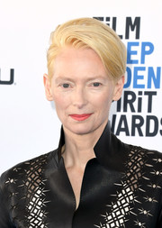 Tilda Swinton looked cool, as always, wearing her signature short 'do at the 2019 Film Independent Spirit Awards.