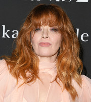 Natasha Lyonne rocked messy-chic waves with eye-grazing bangs at the 2019 InStyle Awards.