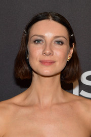 Caitriona Balfe went old school with this center-parted bob at the InStyle and Warner Bros. Golden Globes after-party.