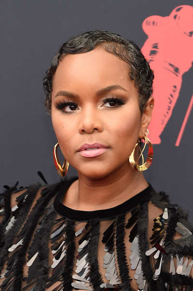 More Pics of Letoya Luckett Finger Wave (1 of 8) - Letoya Luckett Lookbook - StyleBistro [hair,face,hairstyle,eyebrow,lip,beauty,fashion,forehead,black hair,cheek,arrivals,letoya luckett,mtv video music awards,prudential center,newark,new jersey]