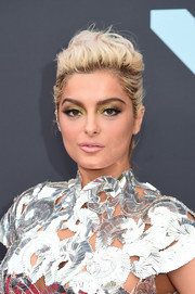 Bebe Rexha wore her hair in a messy updo at the 2019 MTV VMAs.