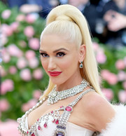 Gwen Stefani wore her hair in a high ponytail at the 2019 Met Gala.