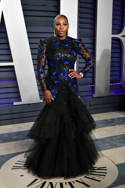 Serena Williams was quite the glamazon in an embellished mermaid gown by Giambattista Valli Couture at the 2019 Vanity Fair Oscar party.