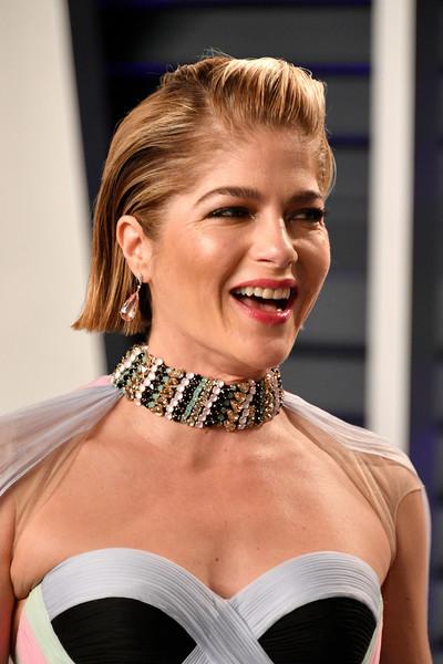Selma Blair went for a punky gelled 'do at the 2019 Vanity Fair Oscar party.
