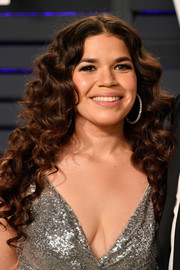 America Ferrera looked adorable with her long curly 'do at the 2019 Vanity Fair Oscar party.