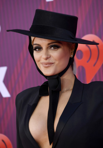 Bebe Rexha jazzed up her look with a wide-brimmed hat by Bijou Van Ness for the 2019 iHeartRadio Music Awards.