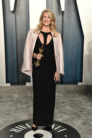 Laura Dern donned a black cutout column dress by Armani Privé for the 2020 Vanity Fair Oscar party.