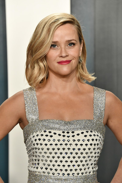 More Pics of Reese Witherspoon Beaded Dress (4 of 7) - Beaded Dress Lookbook - StyleBistro [hair,blond,clothing,hairstyle,beauty,dress,cocktail dress,shoulder,fashion,long hair,radhika jones - arrivals,radhika jones,reese witherspoon,beverly hills,california,wallis annenberg center for the performing arts,oscar party,vanity fair,reese witherspoon,wallis annenberg center for the performing arts,oscar party,vanity fair,academy awards,celebrity,party,actor,fashion,photograph]