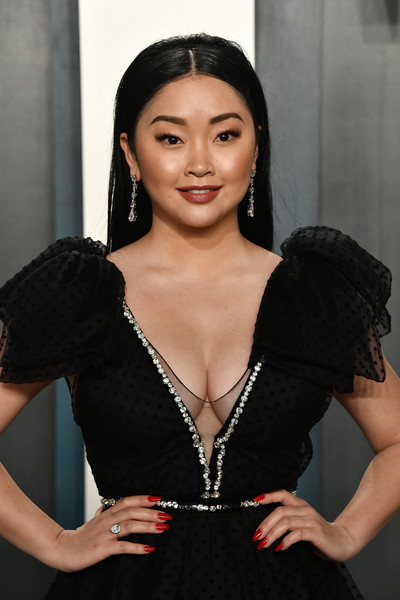 Lana Condor's red mani totally popped against her black dress at the 2020 Vanity Fair Oscar party.
