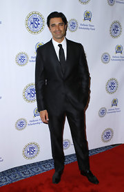 Gilles looked mighty fine in this classic black suit as he honored his Greek lineage at the Hellenic Times Gala 20th Anniversary in NYC.