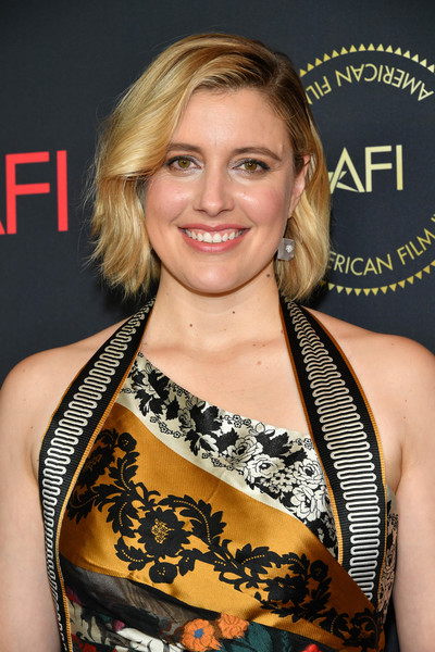 Greta Gerwig attended the 2020 AFI Awards wearing her hair in a sweet bob.