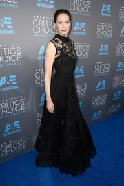 Michelle Monaghan's beautiful lace detail gown was a show-stopper at the Critics' Choice Movie Awards.