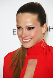 Petra Nemcova wore intense, heavily applied eyeliner at the 20th Annual Elton John AIDS Foundation Oscar viewing party.