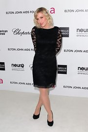 Natasha Bedingfield attended the Elton John Oscar viewing party wearing a pair of elegant black platform pumps.